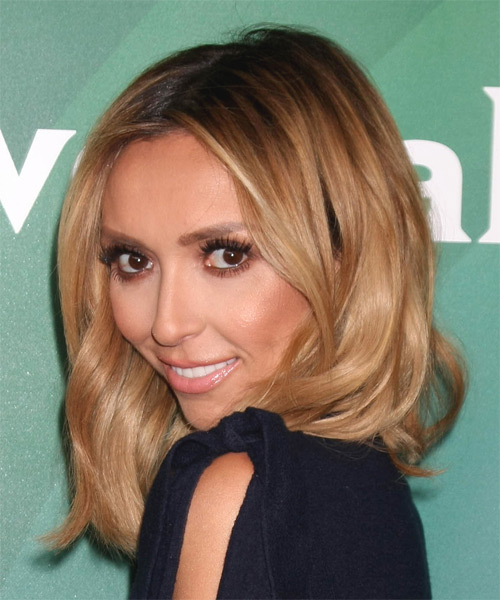 Giuliana Rancic Medium Wavy Casual   Hairstyle   - Side on View