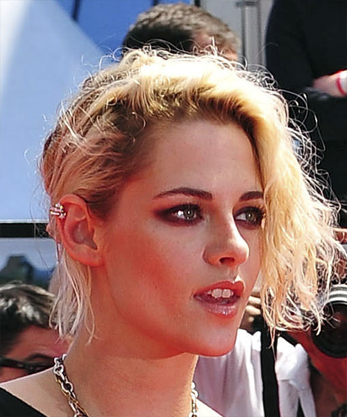 Kristen Stewart Short Wavy Casual  Updo Hairstyle with Side Swept Bangs  - Light Blonde (Platinum) - Side on View