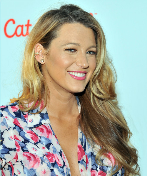 Blake Lively Long Wavy Casual   Hairstyle   - Medium Blonde - Side on View