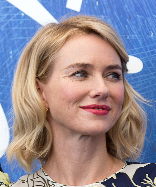 Naomi Watts Medium Wavy Casual Bob  Hairstyle   - Light Blonde - Side on View