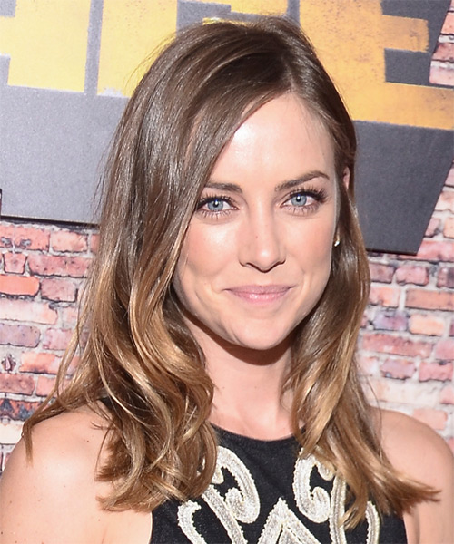 Jessica Stroup Long Wavy Casual   Hairstyle   - Medium Brunette (Golden) - Side on View