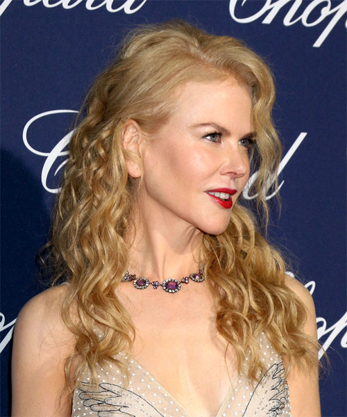 Nicole Kidman Long Curly Formal    Hairstyle   - Light Golden Blonde Hair Color - Side on View