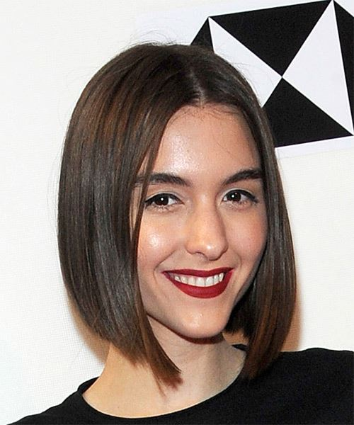 Quinn Shephard Medium Straight Casual  Bob  Hairstyle   - Medium Brunette Hair Color - Side on View