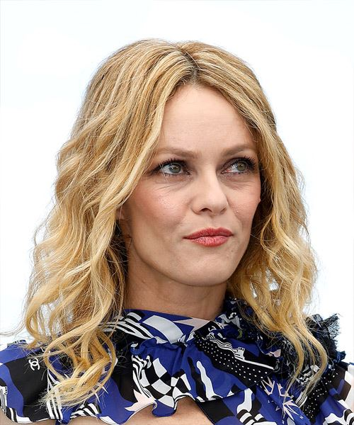 Vanessa Paradis Medium Wavy Casual    Hairstyle   - Light Blonde Hair Color - Side on View