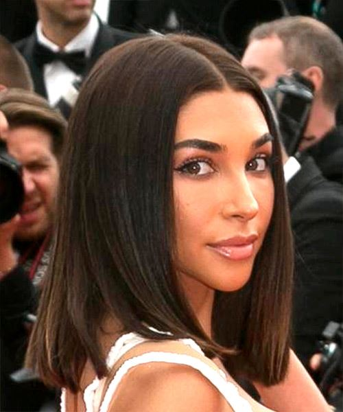 Chantel Jeffries Medium Straight    Brunette Bob  Haircut   - Side on View
