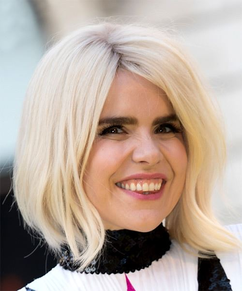 Paloma Faith Medium Straight   Light Blonde Bob  Haircut   - Side on View