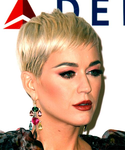 Katy Perry      Blonde Pixie  Cut with Blunt Cut Bangs  - Side on View