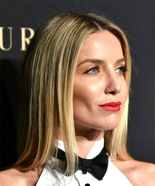 Annabelle Wallis Medium Straight   Light Blonde Bob  Haircut   with  Blonde Highlights - Side on View