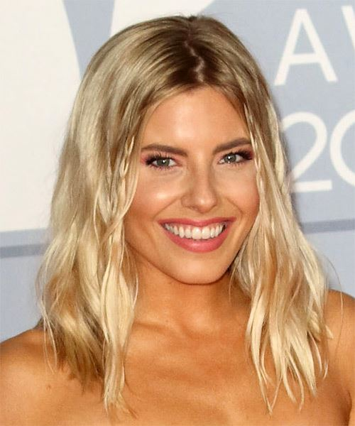 Mollie King Medium Wavy    Blonde   Hairstyle with Side Swept Bangs  - Side on View