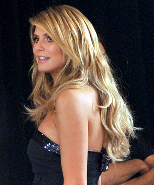 Heidi Klum Long Wavy Casual   Hairstyle   - Side on View