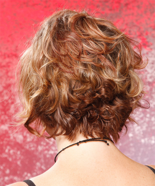 Short Wavy Casual   Hairstyle   - Side on View