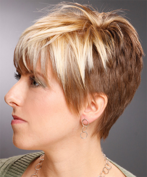 Short Straight Casual    Hairstyle with Layered Bangs  -  Copper Blonde Hair Color with Light Blonde Highlights - Side on View