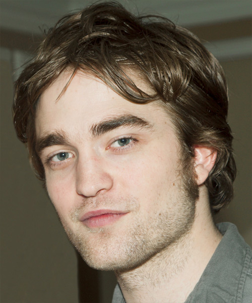 Robert Pattinson Medium Straight Casual   Hairstyle   - Side on View