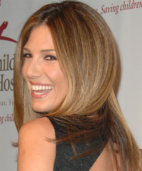 Daisy Fuentes Long Straight Casual   Hairstyle   - Side on View
