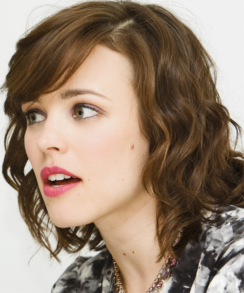 Rachel McAdams Medium Wavy Formal    Hairstyle with Side Swept Bangs  - Side on View