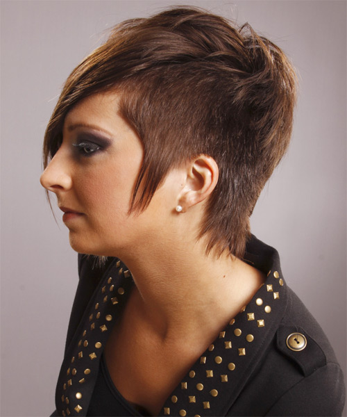 Short Straight     Hairstyle   - Side on View
