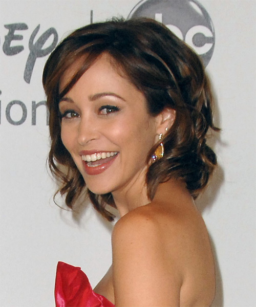 Autumn Reeser Medium Wavy Formal   Hairstyle   - Side on View