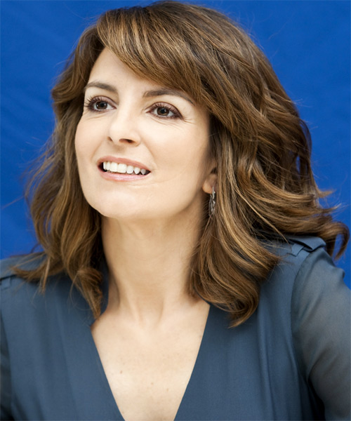 Tina Fey Medium Wavy Casual  Bob  Hairstyle with Side Swept Bangs  -  Brunette Hair Color with  Blonde Highlights - Side on View