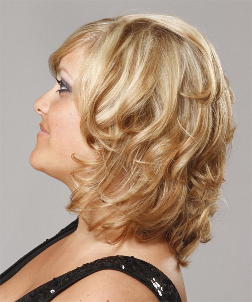 Short Wavy Formal   Hairstyle with Side Swept Bangs  - Medium Blonde (Golden) - Side on View