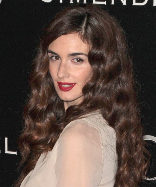 Paz Vega Long Wavy Casual   Hairstyle   - Side on View