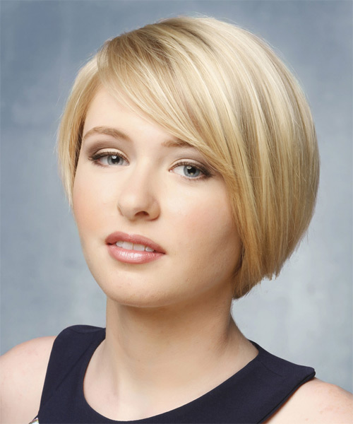 Short Straight   Light Blonde   Hairstyle   - Side on View