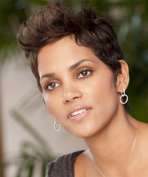 Halle Berry Short Straight Casual   Hairstyle   - Medium Brunette (Chocolate) - Side on View