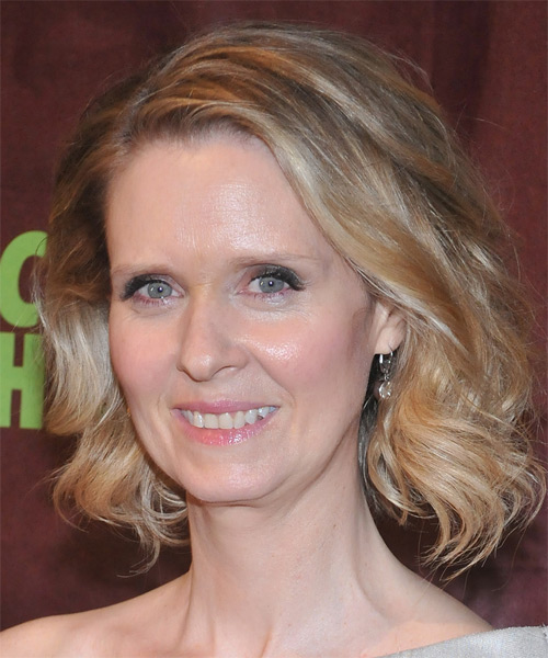 Cynthia Nixon Medium Wavy Casual Bob  Hairstyle   - Medium Blonde - Side on View