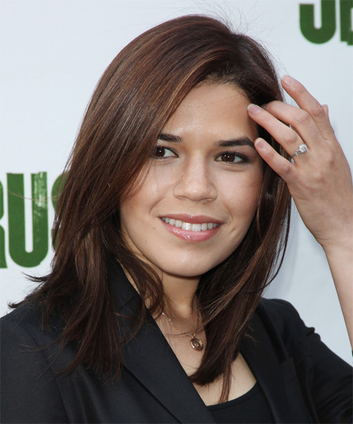 America Ferrera Medium Straight Brunette Hairstyle With Light Brunette Highlights