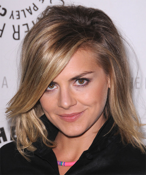 Eliza Coupe Medium Straight Casual   Hairstyle with Side Swept Bangs  - Dark Blonde (Champagne) - Side on View