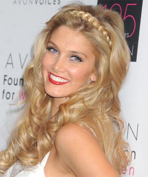 Delta Goodrem Long Wavy    Golden Blonde   Hairstyle   with Dark Blonde Highlights - Side on View