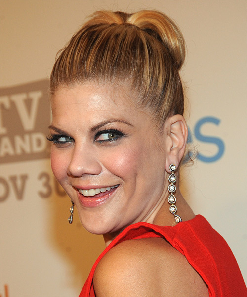 Kristen Johnston  Long Straight   Dark Copper Blonde  Updo    with Light Blonde Highlights - Side on View