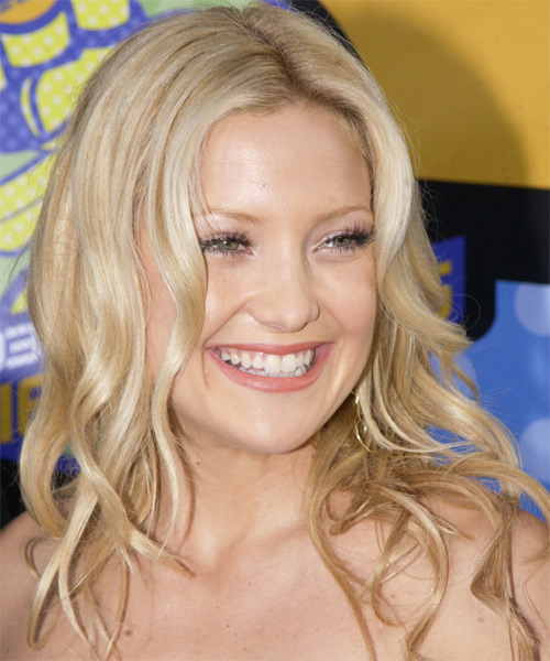 Kate Hudson Long Wavy Casual    Hairstyle   -  Golden Blonde Hair Color with Light Blonde Highlights - Side on View