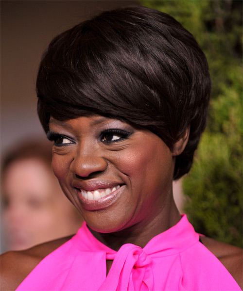 Viola Davis Short Straight   Dark Brunette   Hairstyle with Side Swept Bangs  - Side on View
