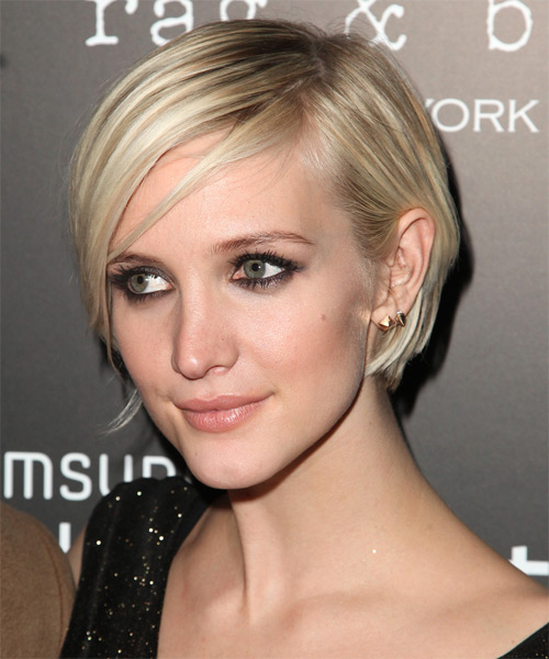 Ashlee Simpson Short Straight Casual Layered Bob  Hairstyle   - Light Ash Blonde Hair Color with  Blonde Highlights - Side on View
