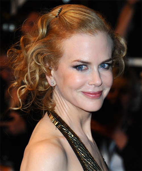 Nicole Kidman  Long Curly Formal   Updo Hairstyle   -  Golden Blonde Hair Color with Light Blonde Highlights - Side on View