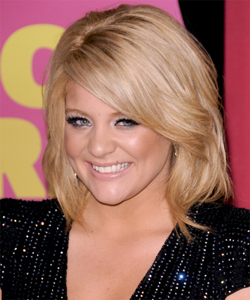 Lauren Alaina Medium Straight Formal Bob  Hairstyle with Side Swept Bangs  - Dark Blonde - Side on View