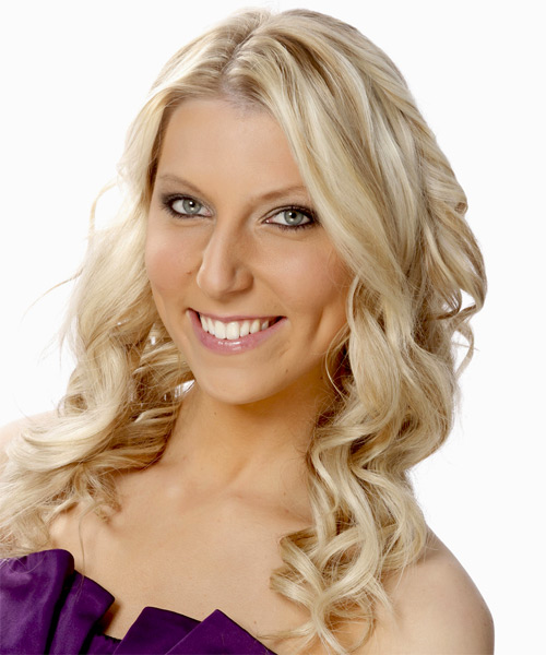 Long Wavy   Light Platinum Blonde   Hairstyle   with Dark Blonde Highlights - Side on View