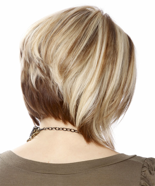 Short Straight Casual Layered Bob  Hairstyle   - Light Ash Blonde Hair Color with Dark Blonde Highlights - Side on View