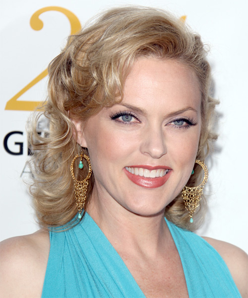 Elaine Hendrix Medium Curly Formal   Hairstyle   - Medium Blonde (Ash) - Side on View