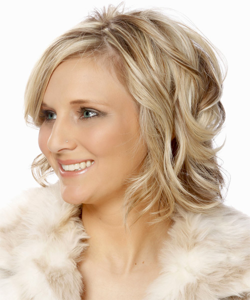 Medium Wavy Formal    Hairstyle with Side Swept Bangs  - Light Champagne Blonde Hair Color with  Brunette Highlights - Side on View