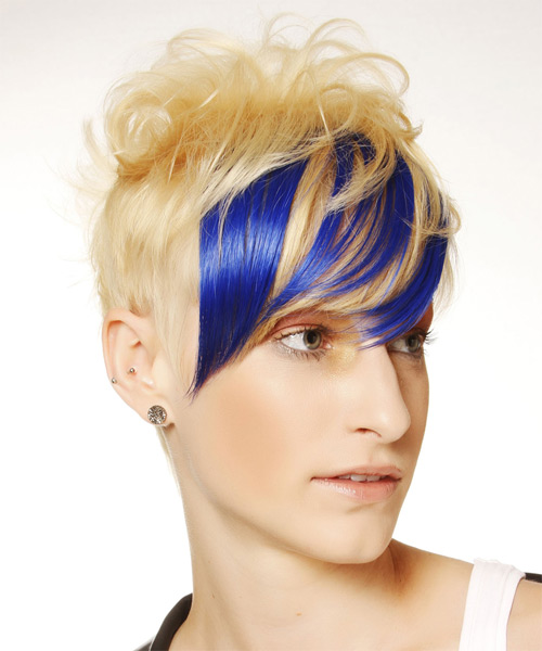 Short Straight Alternative   Hairstyle with Side Swept Bangs  - Light Blonde (Bright) - Side on View