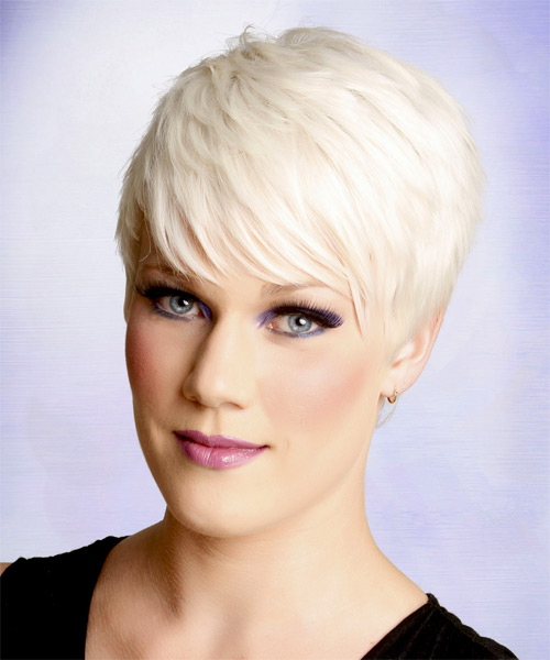Short Straight Formal   Hairstyle with Side Swept Bangs  - Light Blonde (Platinum) - Side on View