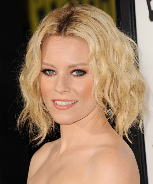 Elizabeth Banks Short Wavy    Golden Blonde   Hairstyle   with Light Blonde Highlights - Side on View