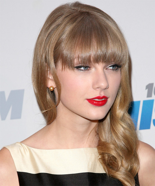Taylor Swift Long Wavy Casual    Hairstyle with Blunt Cut Bangs  -  Honey Blonde Hair Color - Side on View