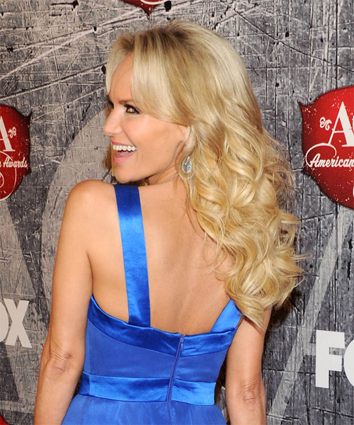 Kristin Chenoweth Long Wavy Formal    Hairstyle   -  Honey Blonde Hair Color with Light Blonde Highlights - Side on View