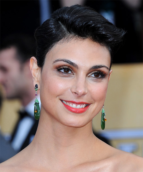 Morena Baccarin Short Straight Formal   Hairstyle   - Side on View