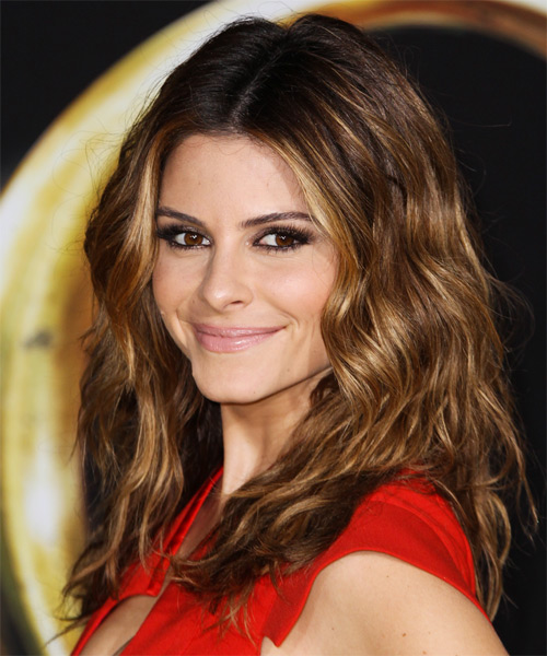 Maria Menounos Long Wavy Casual   Hairstyle   - Side on View