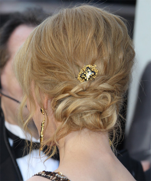 Nicole Kidman  Long Curly Formal   Updo Hairstyle   - Light Strawberry Blonde Hair Color with Light Blonde Highlights - Side on View