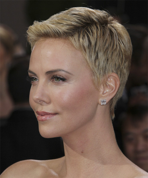 Charlize Theron Short Straight Casual    Hairstyle   - Light Blonde Hair Color - Side on View