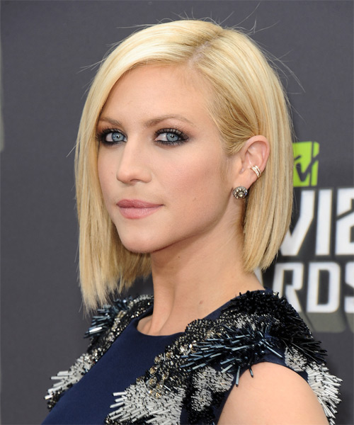 Brittany Snow Short Straight     Hairstyle   - Side on View